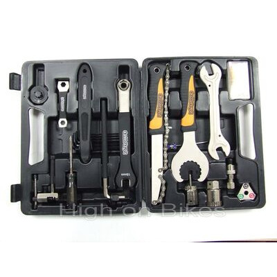 FAT SPANNER 25 Piece Tool Kit